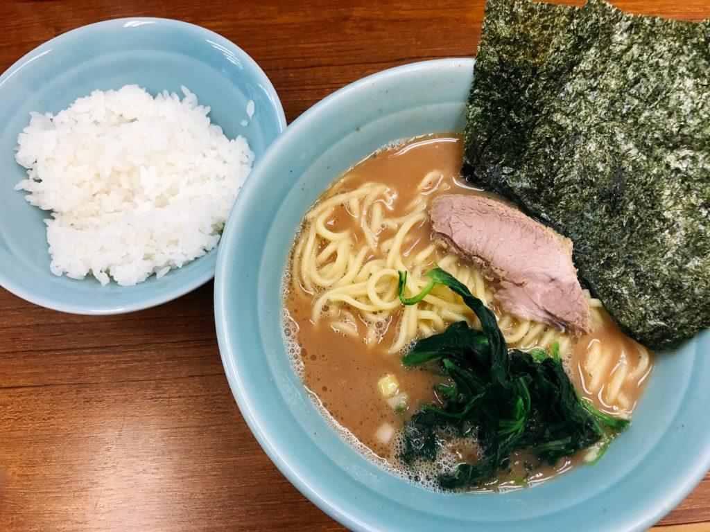 横浜ラーメン「武蔵家 北千住店」